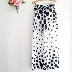 Ultimate Fit Pants-Black & White Exploding Dots